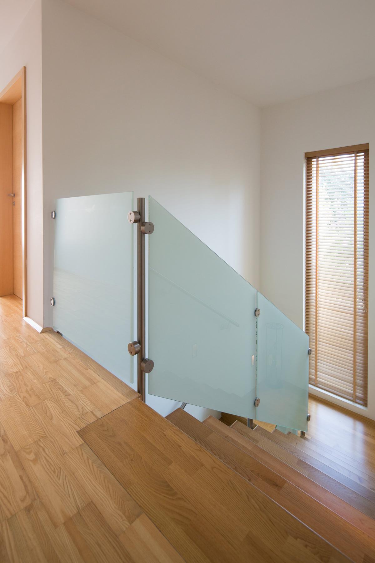 stiegen gel nder handl ufe strehwitzer metallbau nieder sterreich. Black Bedroom Furniture Sets. Home Design Ideas