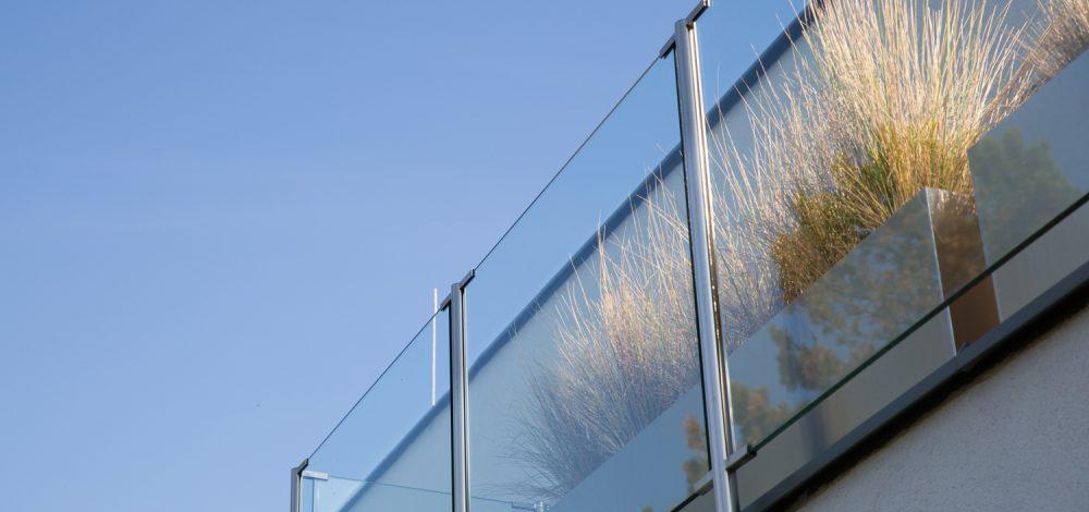 Glasgelaender_Wien_Referenz_Metallbau-Strehwitzer