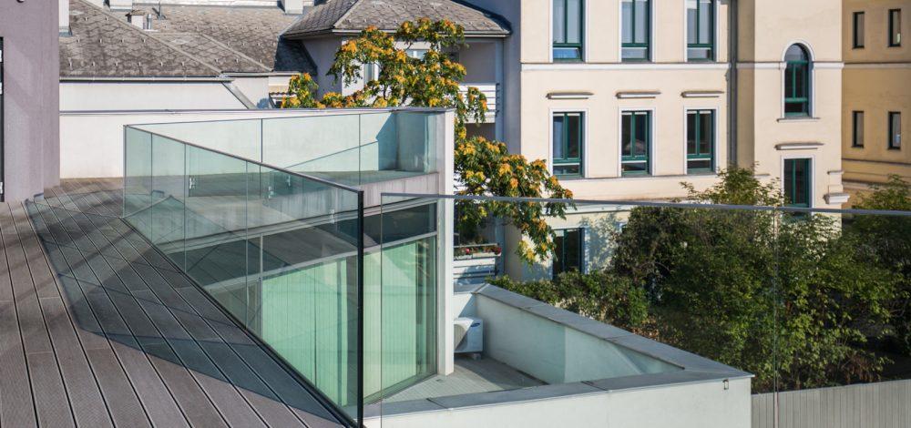 Nurglasgelaender_Referenz_Metallbau-Strehwitzer