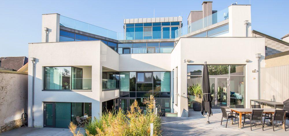 Privathaus_Alu-Glaskonstruktionen_Referenzprojekt_Niederoesterreich_Metallbau-Strehwitzer